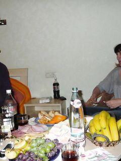 Пьяная секс вечеринка зрелых грузинских свингеров