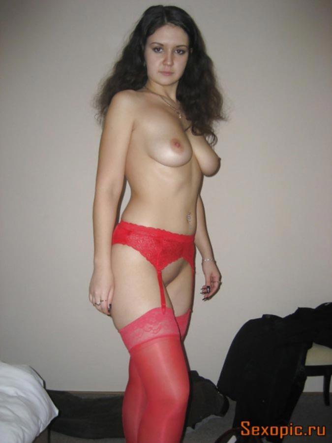 Частное фото анального секса с молодой брюнеткой, порно