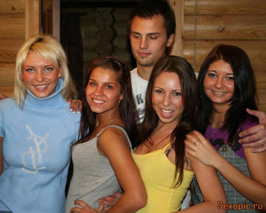 Секс вечеринка русских студентов на даче, порно